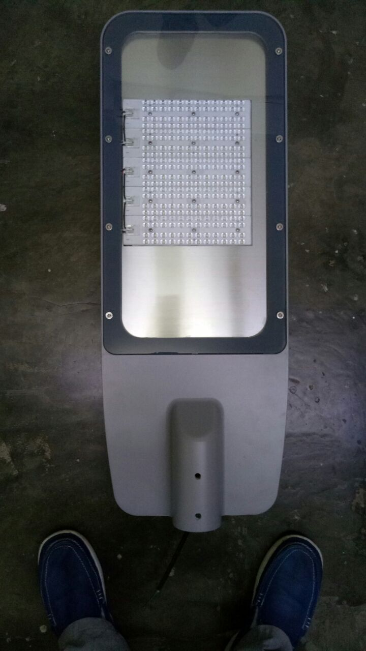 lampu PJU Led  chip Philips